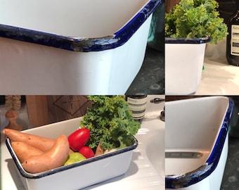 Vintage White Enamel Coated Pan/Basin With Blue Ring