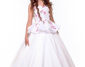 Dress. Costume White Sakura