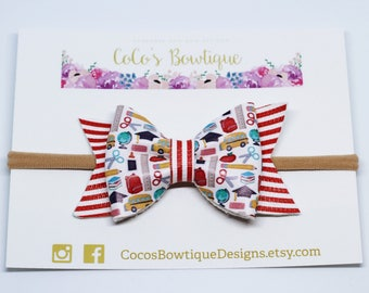 Back 2 School Hair Bow- Faux Leather Bow- School Print- Apples- Pencils-Notebooks-Schoolbus-Baby-Toddler-Girls- Headband
