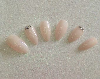 READY TO SHIP * Ivory Glittery Press On Nails * Fale Nails * False Nails