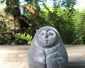 African Sculptures - Rare Stones and Gemstones