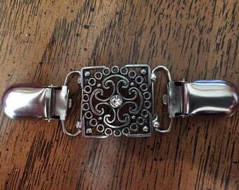 Silver filigree & crystal dress clip for back of waist