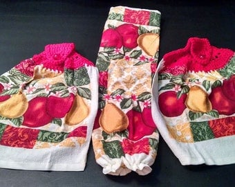 Crochet Kitchen Towels set of 2 & Plastic Bag Holder Apples and Pears