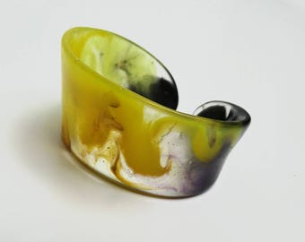 Yellow&black epoxy resin cuff