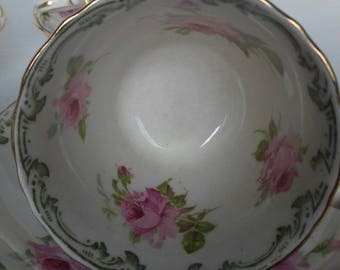 Bishop and Stoner Bisto England Vintage Small China Pink and white cups and saucers