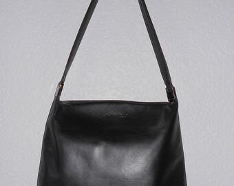 Kenneth Cole New York women's black leather shoulder bag
