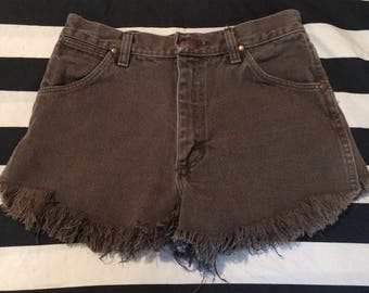 Vintage 1980s Wrangler Brown Frayed Destroyed Denim Shorts