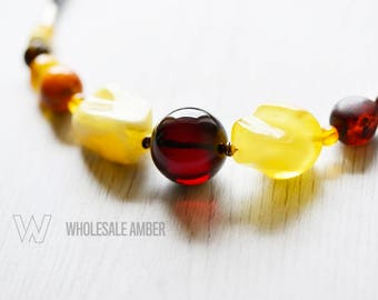 Amber necklace for women. Baltic amber necklace jewelry. Amber necklace with certificate. MS13