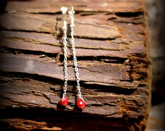 """Discreet"" red dangle earrings"