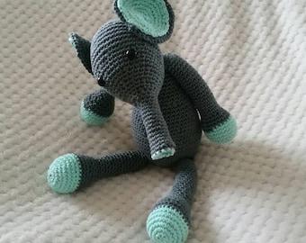 Amigurumi elephant grey Mint