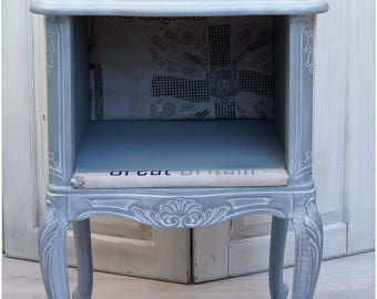 Furniture end table, occasional antique Gustavian style