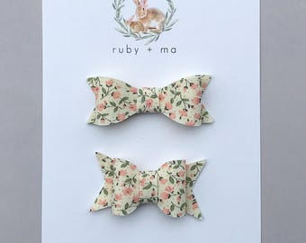 Spring Floral Bow, Chunky Bow, Classic Bow, Floral Bow