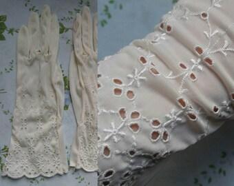 1960s white eyelet gloves