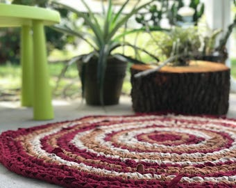 40 inch Gold/Red Crocheted Round Rag Rug