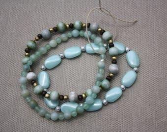 Light Blue & Pale Green Stretch Bracelets #542