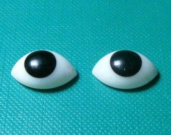 pair of glass eyes, brown/lensshape/14 x 9 mm/vintage/antique/1930s/Lauscha/Germany