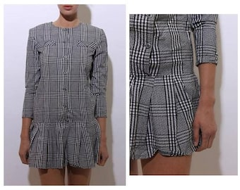 vintage 1980's 80's black and white plaid checkered houndstooth dress flouncy ruffle drop waist