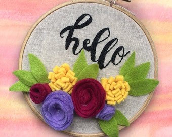 """Felt Flower """"Hello"""" Embroidery 