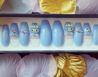 Pearly Bunny Dreams nail set- false nails, kawaii nails, kawaii, fake nails, press on nails, nail art