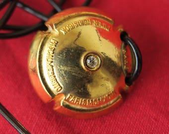 bijoux vintage, pendentif Pascal Morabito capsule de champagne Piper-Heidsieck, vintage jewelry, champagne capsule pendant