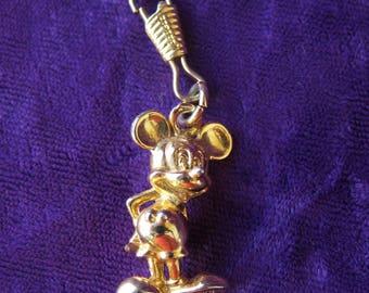 Walt Disney video figurine Mickey en métal doré à accrocher sur un porte clé, Mickey figurine in gold metal to hang on a keychain