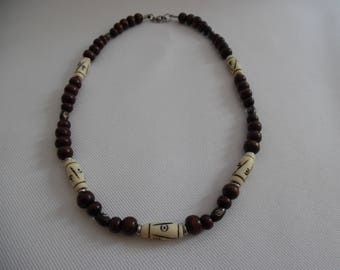 Necklace Tibetan human bone, wood and stainless steel, Brown and ivory.