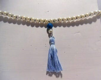 Necklace pearl beads and tassel