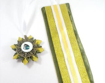 Destash, price 10 euro satin gold/Brown and khaki, white satin ribbon bookmark and kanzashi flower