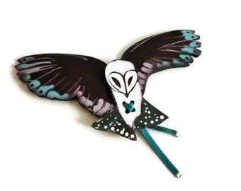 Printed leather OWL brooch