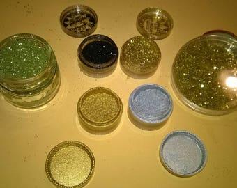 305) Petites paillettes fines et dorées décoratives