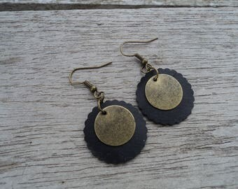 Earrings disc inner tube recycled and bronze metal