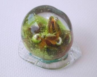 A wonderful small world - Pearl glass Lampwork