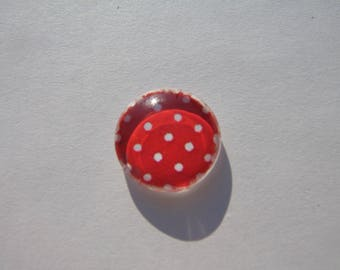 Cabochon 14 mm with an image with red polka dots