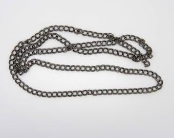 Double chain, metal gray gun metal