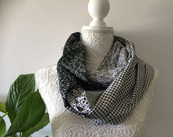 Infinity scarf women cotton black and white