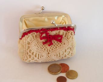 Purse lined with vintage lace