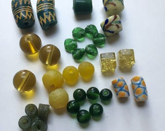 Set of African glass paste - 9247 34 beads