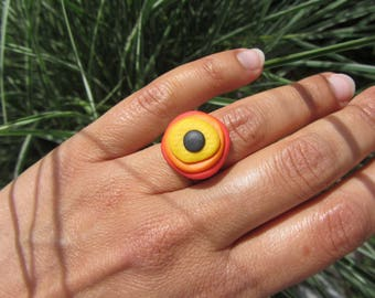 Adjustable ring, layering discs bright polymer clay, yellow, orange, Red