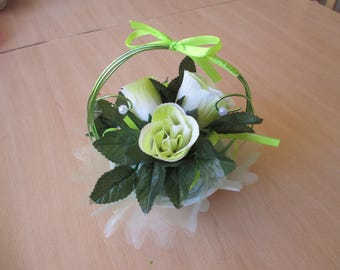 Table centerpiece, wedding, lime green and white