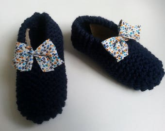Enhanced girls Navy Blue booties with a liberty bow T 30.35