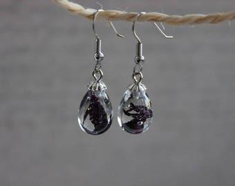 Small earrings drop 1.5 cm resin inclusion of black/purple blueberries