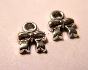5 charm pendant bow - 8 mm - D04