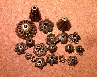 30 bead caps metal BRONZE Cap - size and shape AC45 mixed 8-20 mm