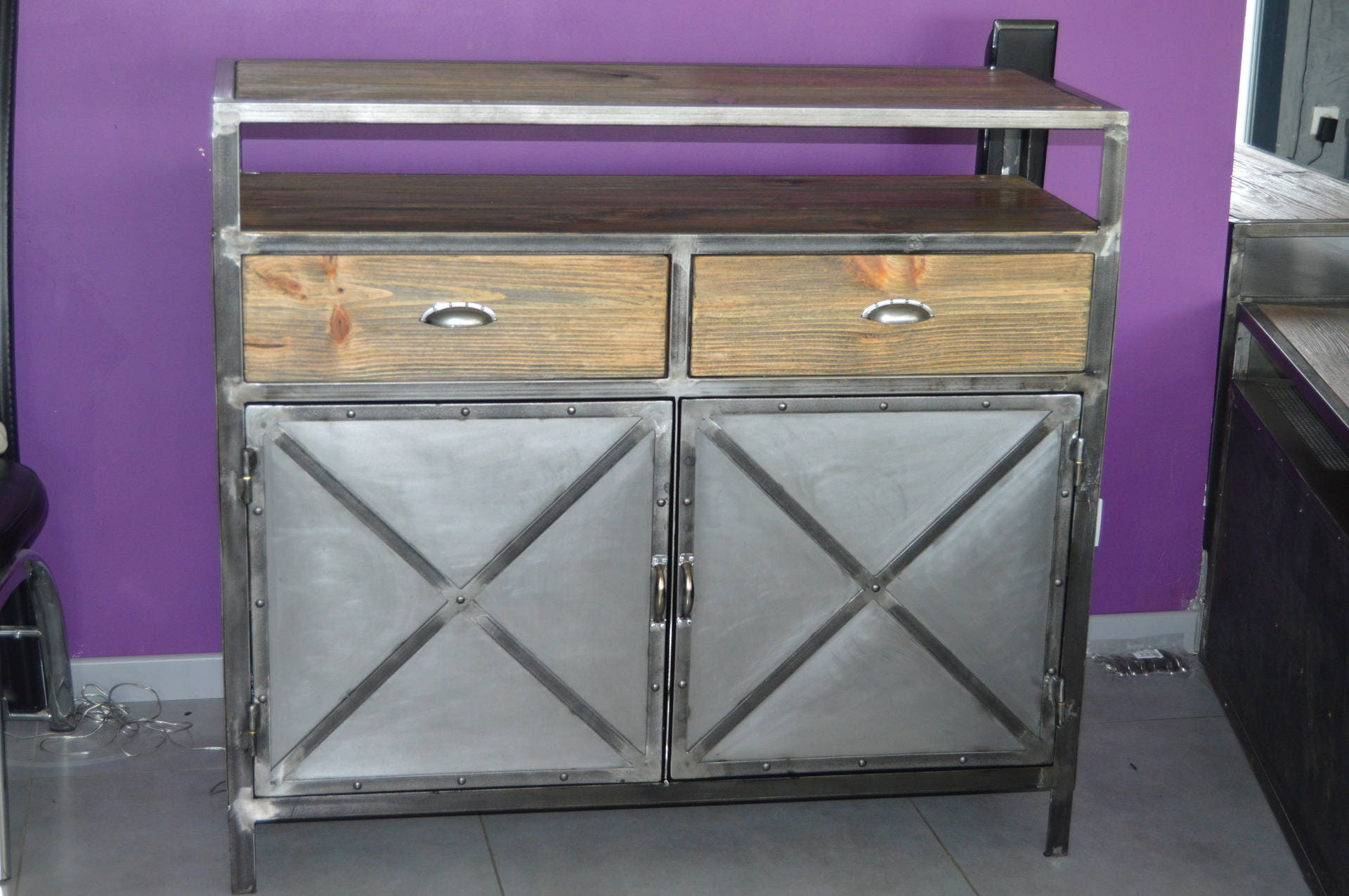 meuble industriel buffet 2 portes style vintage. Black Bedroom Furniture Sets. Home Design Ideas