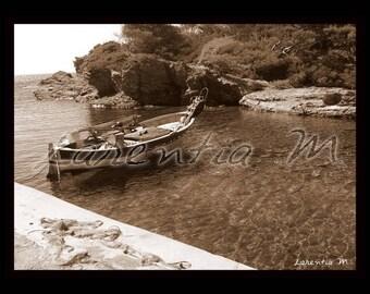 Photo 30X40cm peninsula Gaou sepia (Brusc) with a boat