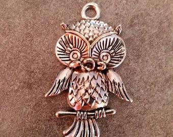 Pendant charm OWL 4.5 cm