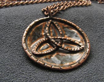 Vikings jewelry celtic knot, Infinity knot Viking gifts, pagan, occult, esoteric, pendant triquetra necklace Celt symbol copper handmade