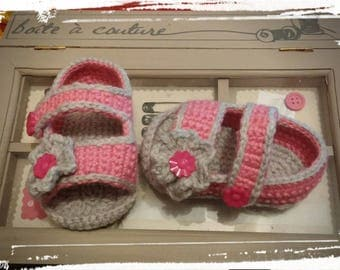 Pink and gray baby Sandals size 6 to 9 months