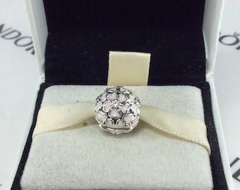 Pandora Cherry Blossom Clip, Soft Pink Enamel #791826EN40 (1)
