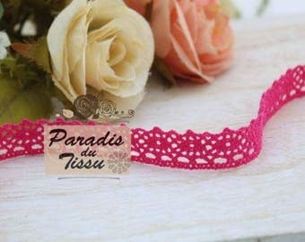 184cm Fuchsia colored cotton lace Ribbon